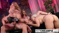 Frisky Crazy 4-way with girls Thumb