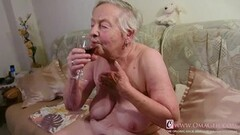 Kinky Curvy Matures and Sexy Grannies in Videos Thumb