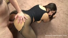 Teen Size Queen Takes On A Big Dick And Creams Thumb