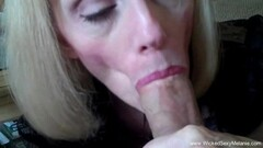blonde puts that dildo deep between Thumb