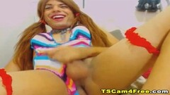 Gangbang free for all with 2 girls Thumb