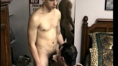 Threesome DP with strapon Thumb