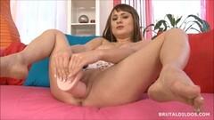 Raunchy babe dildo fucks her hot pussy Thumb