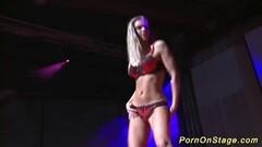 Le 1er Porno en 6D ! Thumb