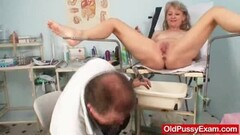 Super beauty Brigitte Hunter masturbates the magnificent pussy Thumb