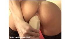 Indonesian Nude Dangdut Thumb