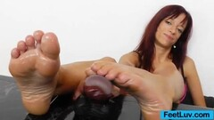 black haired hotty fuck like a pro cam Thumb