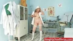 RoxinaGaggedGurl300309 Thumb