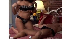 Ebony Rochele having a giggling orgasm on sex machine Thumb