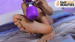 Petra Feet magic want foot massage now Thumb