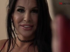 Audrey Bitoni and Kagney Linn Karter lick each other Thumb