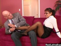 secretary make her boss cum with her feet Thumb
