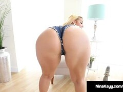 Dirty Talking Nina Kayy Dildo Fucks Her Thick Twat In Heels! Thumb