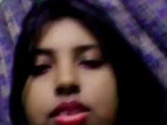 Indian Randi Monalisha giving boobs show in PG room Thumb