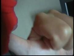 DEBORAH FÉTICHISTE DES MAINS SUCE LÈCHE SES POUCES EROTIC ASMR LIVECAM DEBORAH HAND FETISH SUCKING ON HER THUMBS AND TRAINING TO DO PERFECT SALIVATING BLOWJOB Thumb