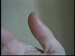 DEBORAH FÉTICHISTE DES MAINS SUCE LÈCHE SON DOIGT BAVEUX FELLATION EROTIC ASMR DEBORAH HAND FETISH SUCKING FINGER SALIVATING BLOWJOB Thumb