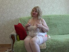 busty milf, fucks his hairy pussy with a bottle. big natural tits Thumb
