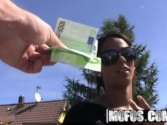 MOFOS - Euro teen Isabella Christyn gets paid to fuck on the way to the gym Thumb