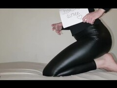 Heavenly Aimee busty ass huge farts in tight, shiny, black leggings Thumb