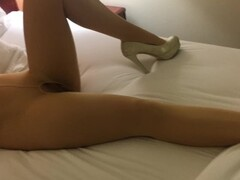 Wife in stocking's getting her pussy played Thumb
