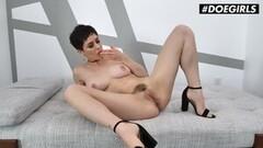 Portuguese Pussy Erica Fontes sucks & fucks live on cam! Thumb